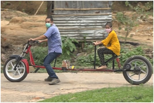 Partha Saha created a special bike that he can use to ride pillion with his daughter while maintaining social distancing | Image credit: News18