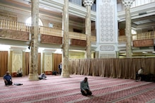 Iran's Coronavirus Death Toll Rises by 74 to 6,277 As Mosques Due to Reopen