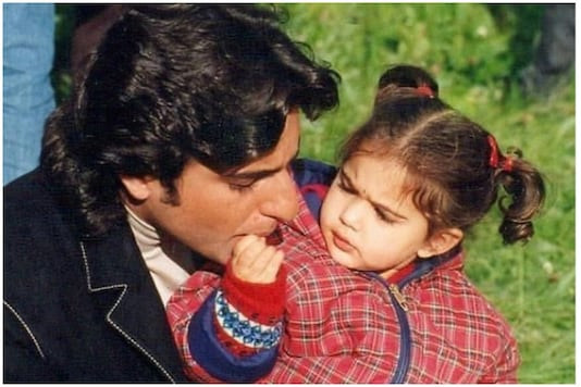 This Throwback of Saif Ali Khan with Daughter Sara Is Too Cute