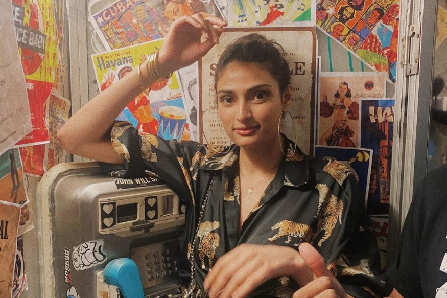 Athiya Shetty Posts Throwback Pic From Her Thailand Getaway; Fans Wonder Why She Cropped KL