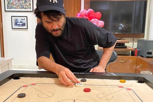 Anil Kapoor's Quarantine Carrom Game with Wife Sunita is Gaining All Attention on Internet