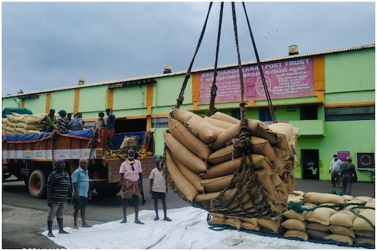 India Supplies 580 Tons of Food Aid to Maldives During Ramadan