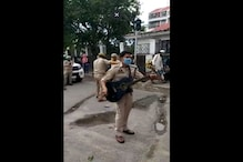 Rockstar Cop Singing 'Gulabi Aankhen' Enchants Passersby in Jammu