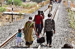 SC Orders Free Travel for Migrant Workers, States Must Give Them Food and Water