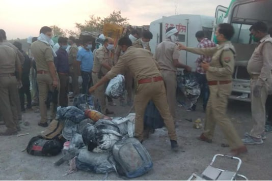 24 migrant workers were killed in UP after 2 trucks collided.