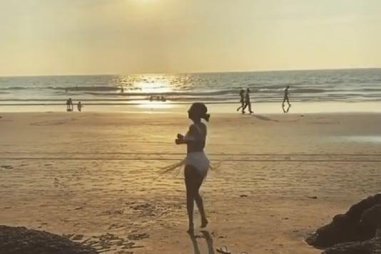 Malaika Arora Shares Beach Vacay Boomerang With Hopeful Note