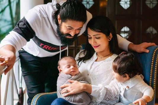 Yash And Radhika Pandit Pose With Their Kids For a Perfect Family Picture