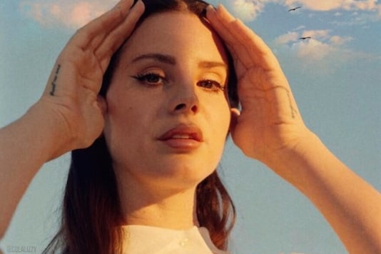 Lana Del Rey Hits Back at Critics Who Claim She's 'Glamorising Abuse', Read Open Letter