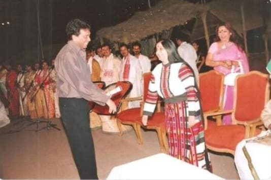 Old picture of Sushma Swaraj with her husband.