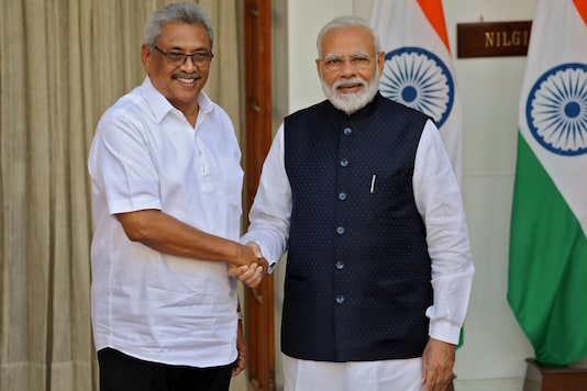 Sri Lankan President Gotabaya Rajapaksa and Prime Minister Narendra Modi during a photo opportunity in New Delhi, on November 29, 2019. (REUTERS/Altaf Hussain)