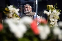 Between March to Power & March Home by Migrants: Modi's Charisma Survives a Year of Rapid Descent