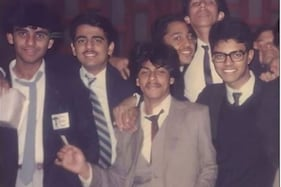 Can you Spot Shah Rukh Khan in This Old Pic?