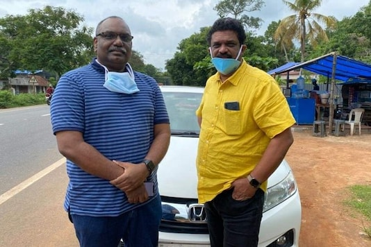 Picture of Dr Santosh Kumar SS (right) Dr Sajeesh Gopalan. (News18)