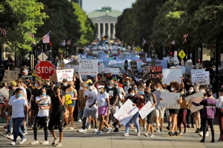 'I Can't Breathe' Protests Over George Floydu2019s Death Heat up, Curfews Imposed in Several US Cities