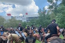 Protestors in Texas Showed Up on Horses in Solidarity of 'Black Lives Matter'