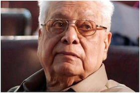 Basu Chatterjee, Director of Rajnigandha and Chhoti Si Baat, Passes Away