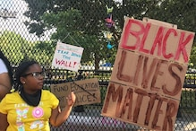Floyd Protesters Turn Fence Erected by Trump around White House into a Wall of Resistance Art