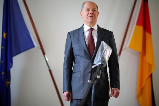 FILE PHOTO: German Finance Minister Olaf Scholz attends a Reuters interview in his office in Berlin, Germany, April 15, 2020. (Reuters)