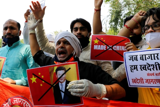 Activists from Swadeshi Jagran Manch protest against China in New Delhi. (Reuters)