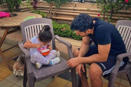Kunal Kemmu Shares Adorable Picture Of 'Personal Sunshine' Inaaya