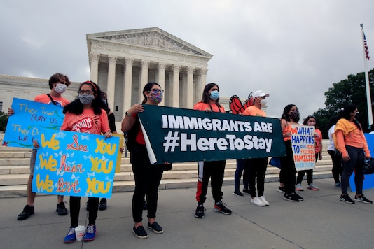 DACA students rally in front of the Supreme Court, on June 18, 2020, in Washington. (AP Photo/Manuel Balce Ceneta)