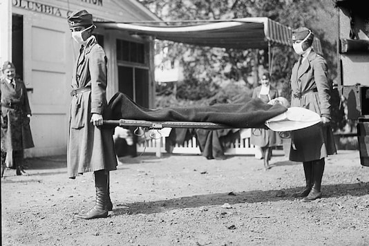 Nurses take part in a demonstration at the Red Cross Emergency Ambulance Station in Washington, DC, during the Spanish Flu pandemic of 1918 in Washington. (US Library of Congress/Handout via REUTERS)