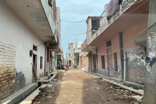 A street in Vikas Nagar, a so-called unauthorised colony, which is set to be legalised under a federal law aiming to regularise 1,731 such settlements in Delhi, India. March 5, 2020. Rina Chandran/Thomson Reuters Foundation