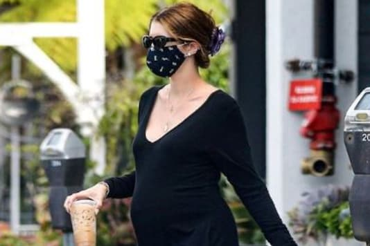 Katherine Schwarzenegger Flaunts Baby Bump as She Steps Out in All-black Athleisure, See Pics