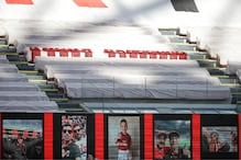 AC Milan Unveils Huge Banner as Tribute to Covid Victims in 1st Home Match Since Lockdown