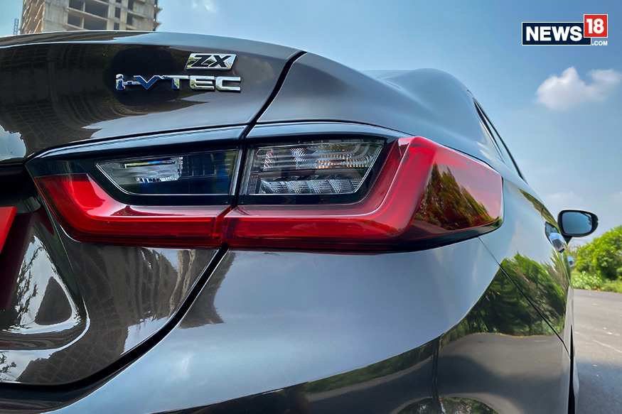 2020 Honda City iVTEC badge for petrol engine. (Image Credit: Manav Sinha/ News18.com)
