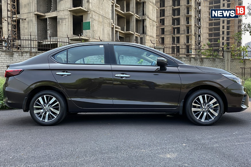 2020 Honda City side profile. (Image Credit: Manav Sinha/ News18.com)