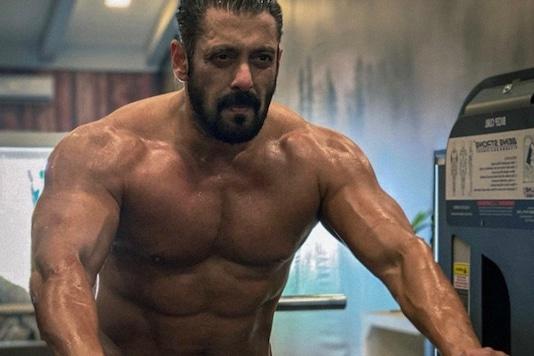 Happy Birthday Salman Khan: 5 of the Actor's Best Fitness Pics on Instagram