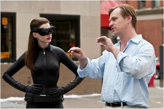 Christopher Nolan directs Anne Hathaway in 'The Dark Knight Rises'