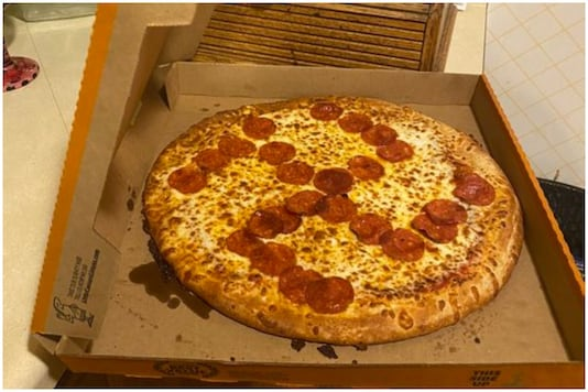 Ohio couple were shocked to find a Swastika on their pizza | Image credit: Twitter
