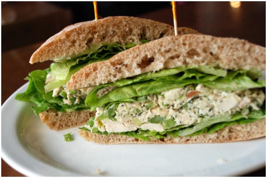How to Prepare Tasty Chicken Sandwich