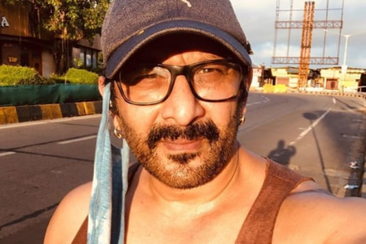 Arshad Warsi Jokes He Plans To Sell His 'Kidneys' To Pay Electricity Bill Worth Rs 1,03,564