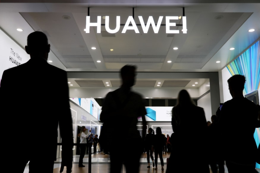 UK Bans Purchase of New 5G Equipment from China's Huawei from December 31, US Welcomes Move