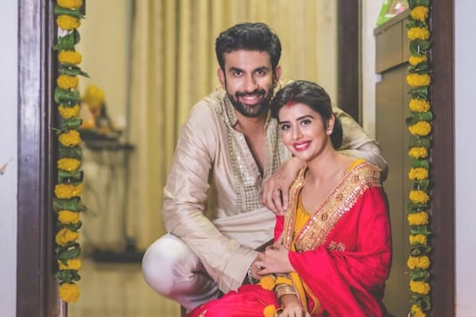 Rajeev Sen, Charu Asopa Delete All Pics with Each Other on Instagram Amid Rumours of Troubled Marriage