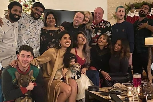 These Pictures Are Proof That Priyanka Chopra Cannot Miss On Family Time