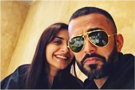 Sonam Kapoor and Anand Ahuja twin in black