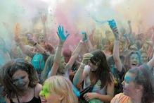 Hundreds of People in Belarus Play 'Holi' Amid Coronavirus Pandemic