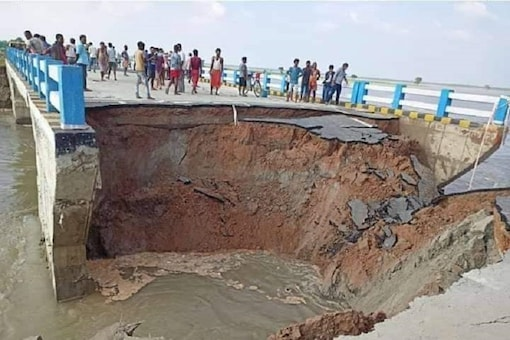 The culvert had already been eroding after rains in the region over the last couple of days that has caused the river to swell. (Photo: Majid Alam/Twitter)