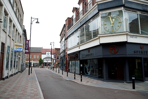 FILE PHOTO: A view of an empty street, following a local lockdown imposed amid the coronavirus disease (COVID-19) outbreak, in Leicester, Britain, July 4, 2020. REUTERS/Jason Cairnduff//File Photo