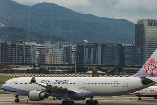 A passenger jet of Taiwan's China Airlines at Taipei Songshan Airport in Taipei, Taiwan. (Picture Source: Reuters)