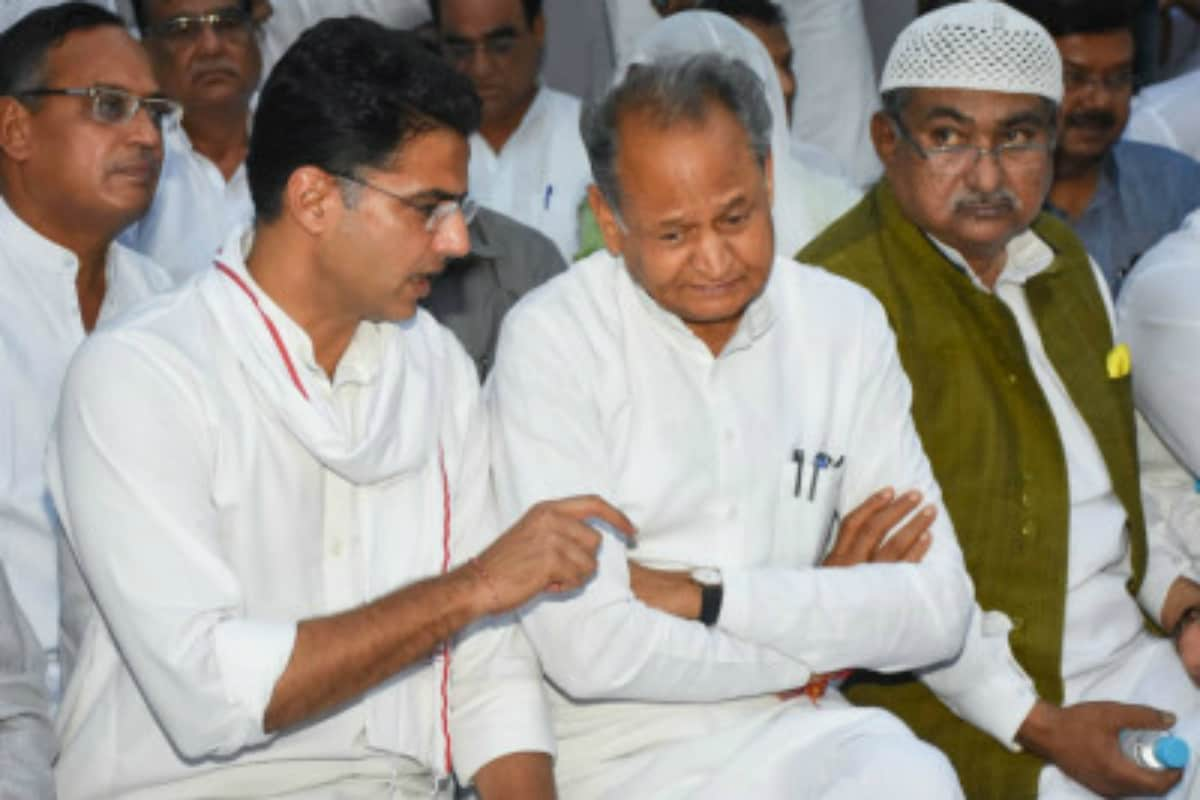 A Yes for a No: Congress Works Out 'Support Gehlot' Deal with Sachin; Sonia to Have Final Say