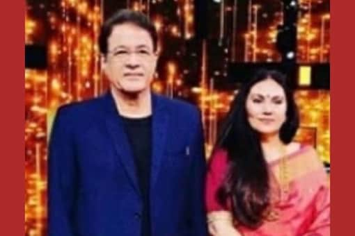 Dipika Chikhlia Posts Pic with Arun Govil on Public Demand
