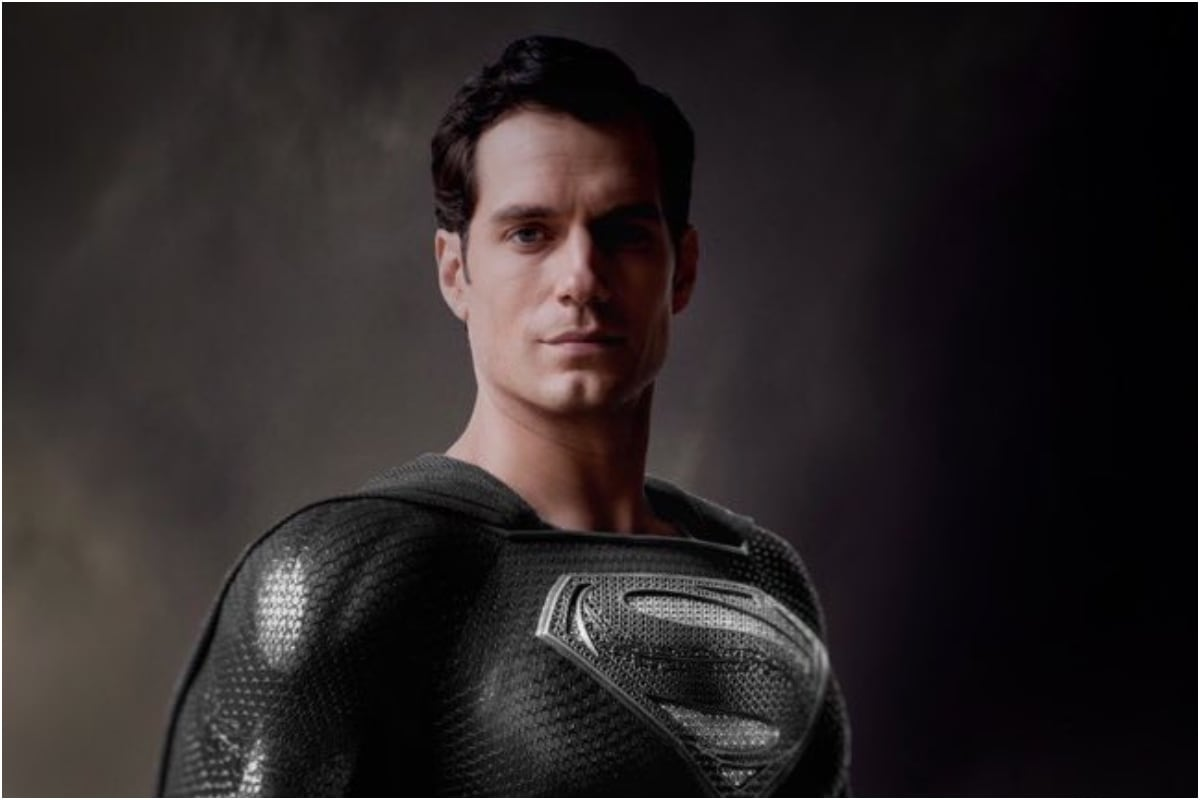 Here's a Look at Superman's New Suit from Justice League Synder Cut