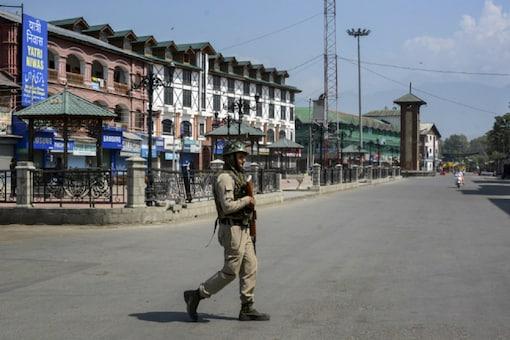 Image for Representation: Security forces patrolling in Srinagar, Jammu and Kashmir.