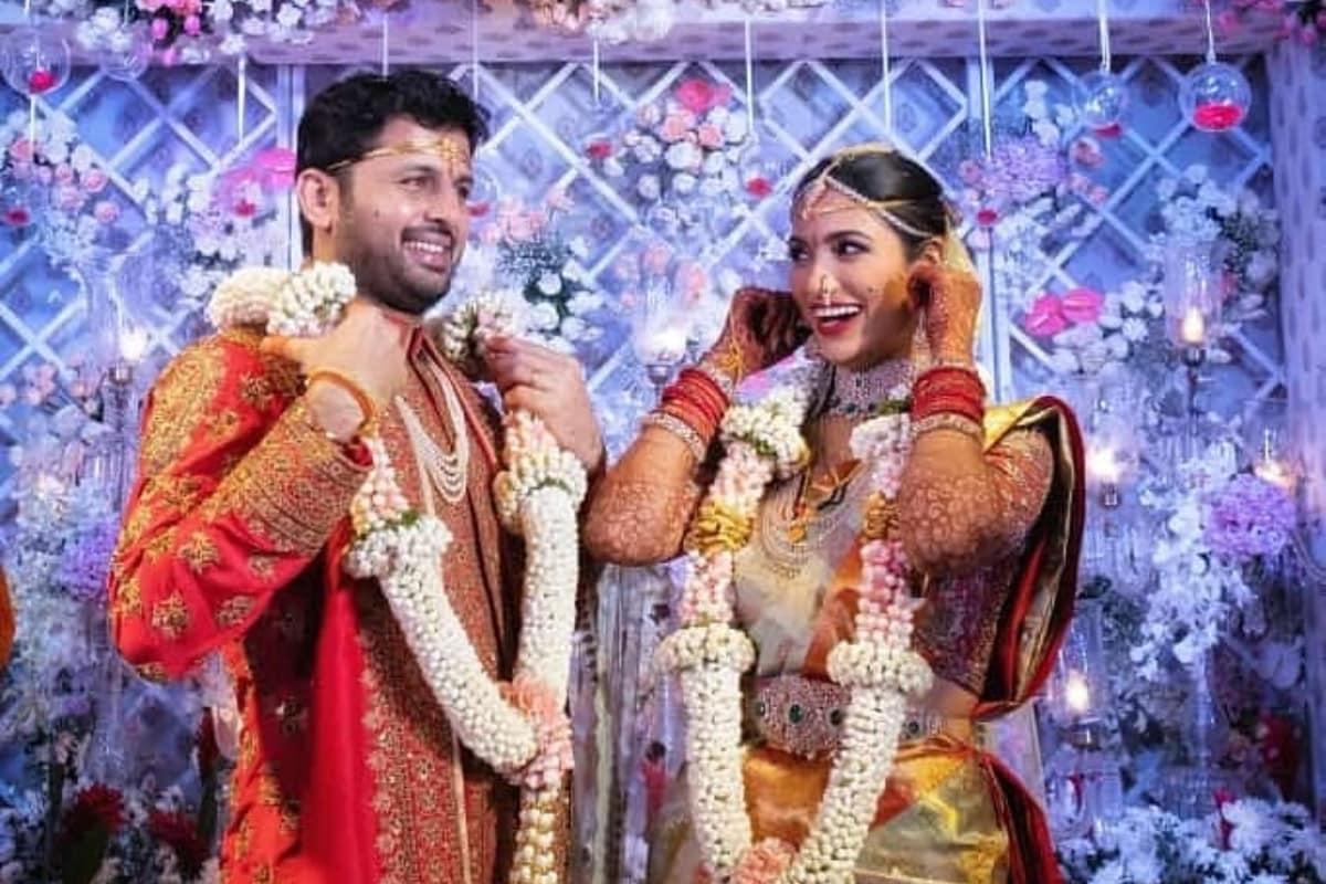 Nithiin and Shalini Exchange Wedding Wows in Hyderabad