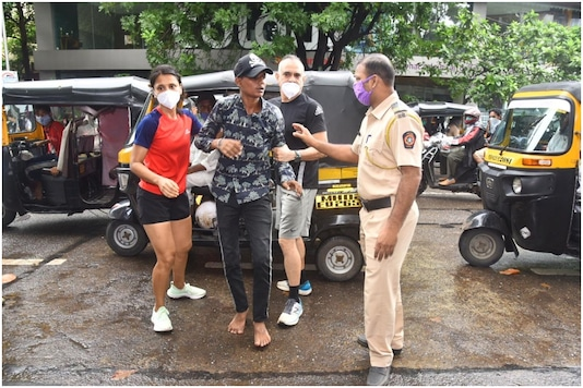 Manish Chaudhary and Partner Catch Eve Teasers and Handover to Mumbai Police